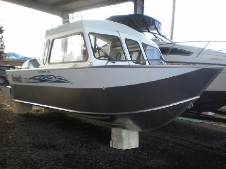 2017 Raider Explorer 208