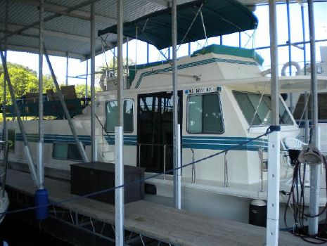 1995 Harbor Master 46ft wide body