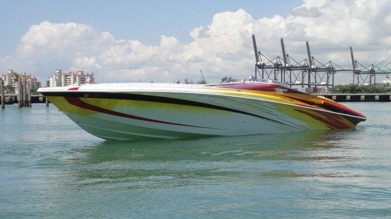 2004 Hustler 50 Performance Yacht