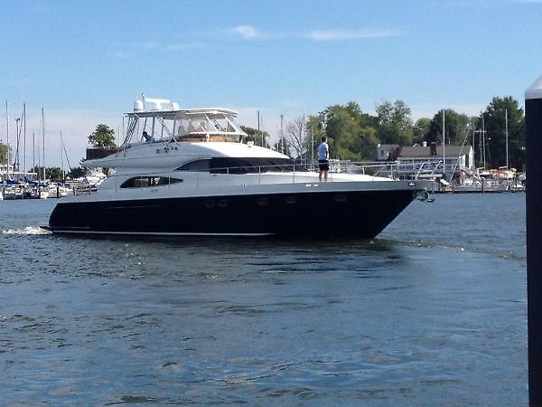 1999 Viking Princess 65 MOTOR YACHT