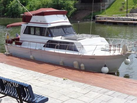 1988 Marinette Marinette Express - 32 1988 Marinette 32 for sale in Macedon, NY