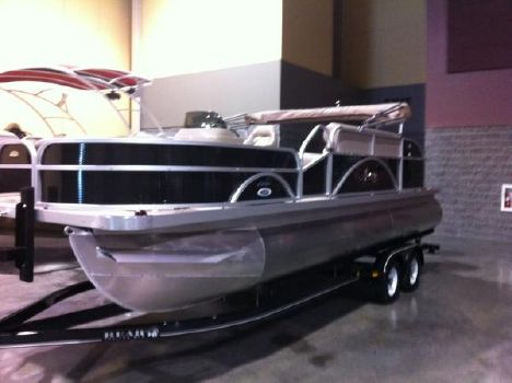 2016 playcraft/hampton 22' Fish Elite