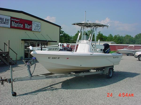 2005 Sea Fox 205