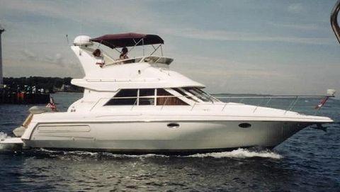 1999 Cruisers 3585 Flybridge