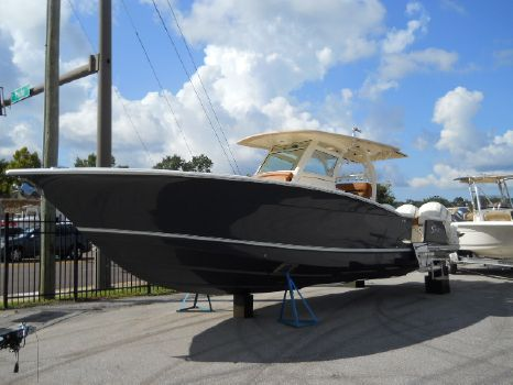 2018 Scout Boat Company 350 LXF