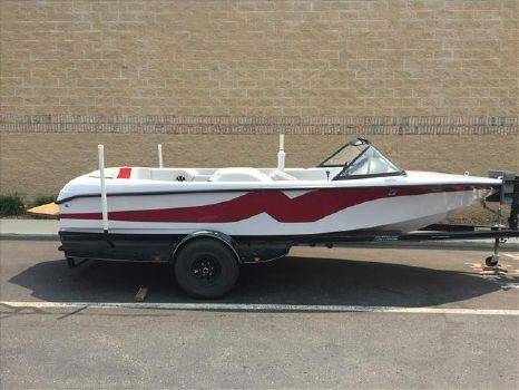 2001 Correct Craft Nautique Ski