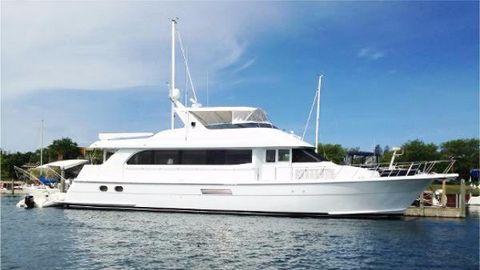 2000 Hatteras 75 2000 Hatteras 75 Sport Deck Motor Yacht For Sale