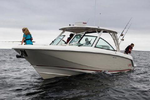 2016 Boston Whaler 320 Vantage Manufacturer Provided Image