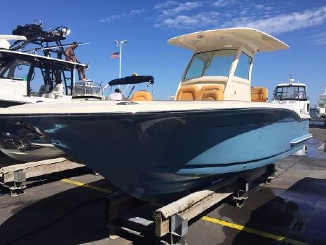 2015 Scout Boats 255 LXF