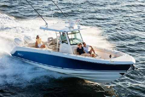 2016 Boston Whaler 330 Outrage Manufacturer Provided Image