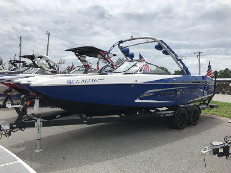 2013 Malibu Boats LLC 24 mxz