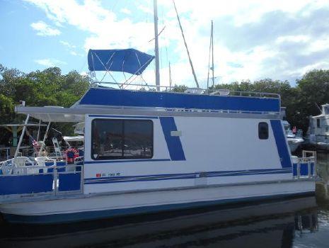 2003 Catamaran Cruisers 10x35