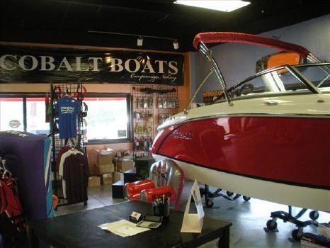 2014 COBALT BOATS Bowrider R3