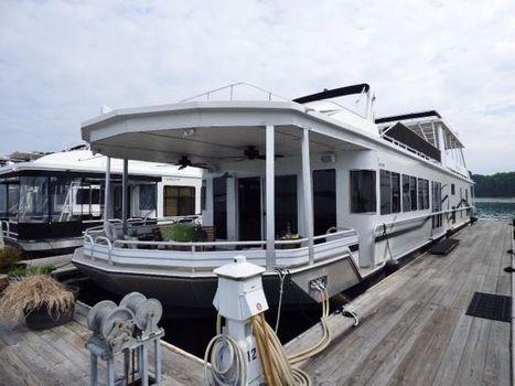 2007 Fantasy Houseboat 18x92