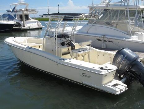 2004 Scout Boats 235