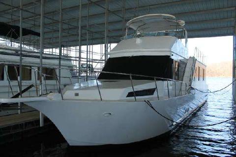 1993 Custom Riverchase 60-foot aluminum hull motoryacht-style houseboat