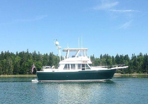 2001 Mainship Trawler 1.jpg