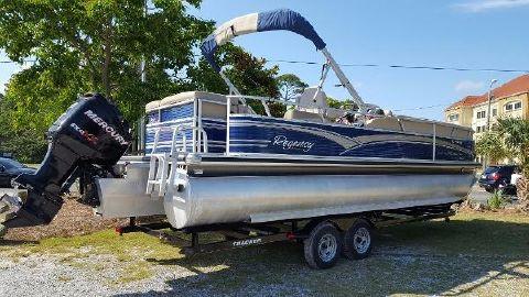 2012 Tracker Regency 250 Party Barge