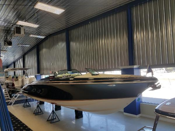 2018 Chris-Craft 34 Launch
