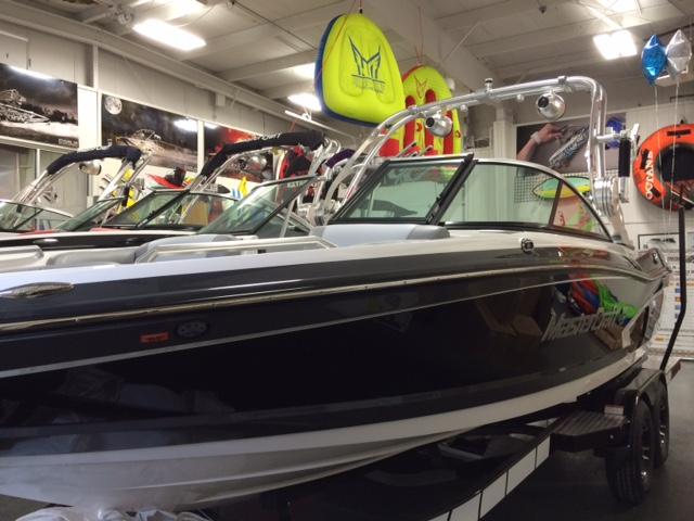 2015 Mastercraft Sport/Ski Boat X30