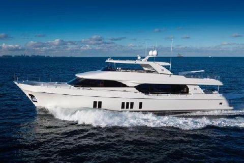 2017 Ocean Alexander 100 Motor Yacht