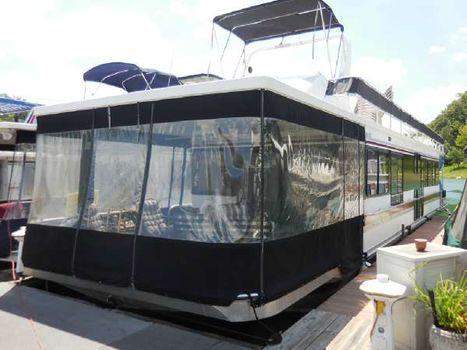 1993 Sumerset Houseboats 14 x 67 Sumerset 3 Bedrooms, 1 12 Baths