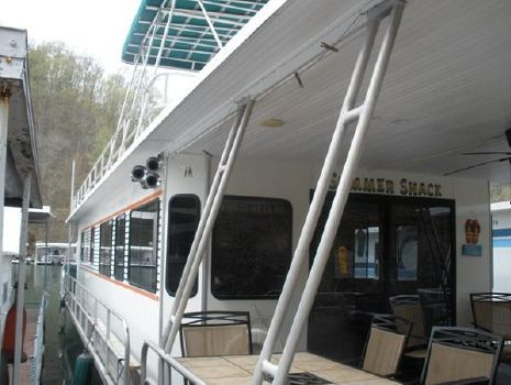 1994 Jamestowner 16x65 Houseboat