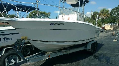 2000 SPORTCRAFT 220 Center Console