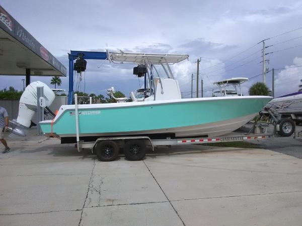 Check Out This 2019 Contender 25t On Boattrader Com