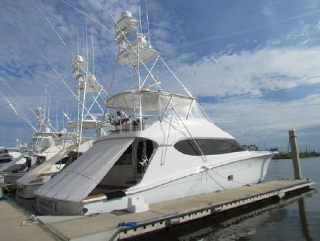 2005 Hatteras Convertible Profile Starboard Forward