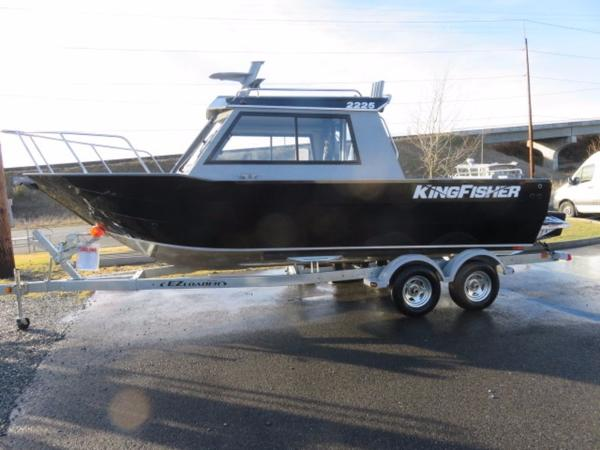 2017 Kingfisher 2225 Escape Hardtop 22 Foot 2017