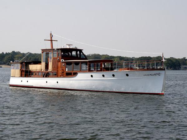 1928 Custom 75 Commuter Yacht Profile