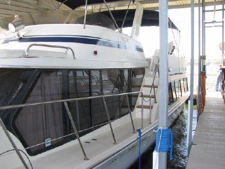 1985 Bluewater Yachts 51 Motoryacht
