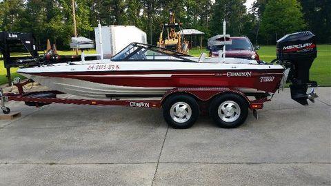 1999 Champion Boats 190