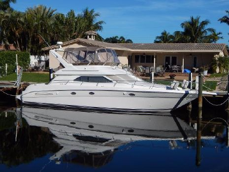 1999 Sea Ray 450 Express Bridge Maeva