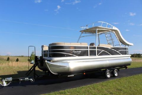 2016 Sweetwater 240 SD tritoon with 150hp