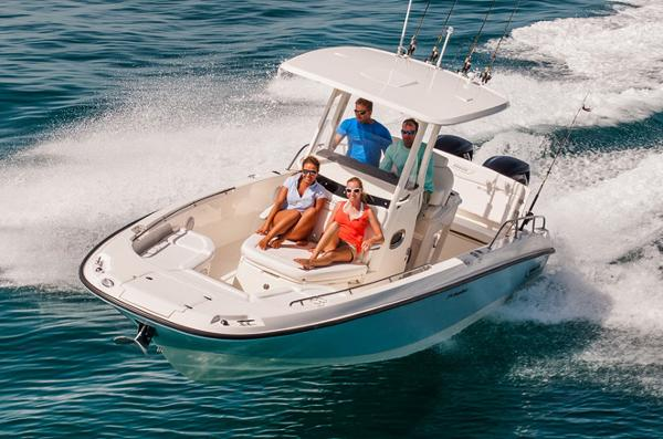 2014 Boston Whaler 270 Dauntless
