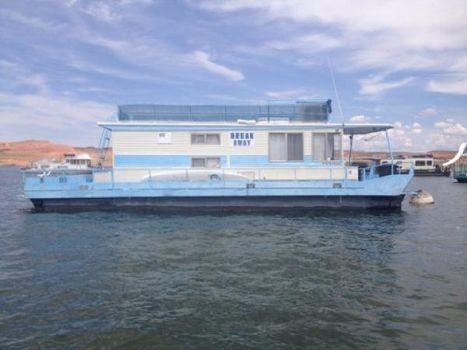 1979 Masterfab Houseboat