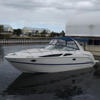 2011 Bayliner 335 Cruiser