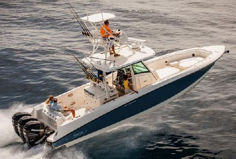 2015 Boston Whaler 350 Outrage Manufacturer Provided Image