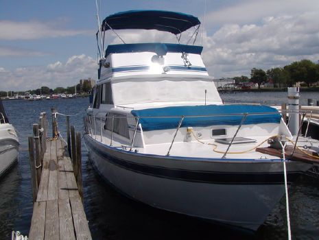 1979 Marinette 37 Double Cabin