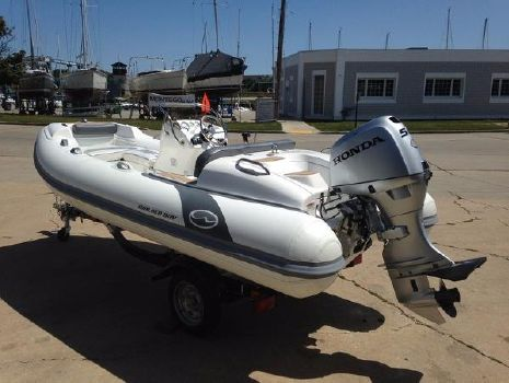 2016 Walker Bay Generation 400 DLX