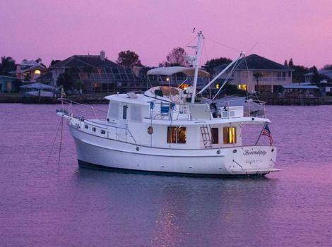 2002 Kadey Krogen 39 Enterprise At Anchor