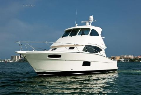 2011 Maritimo 44' Sedan Bridge  Sea Poppy Profile