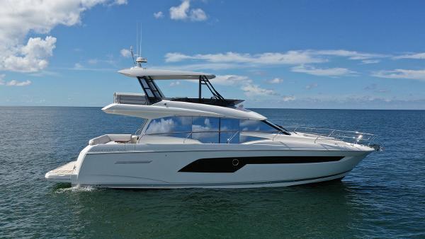 Check out this 2019 PRESTIGE 520 Flybridge on Boattrader com