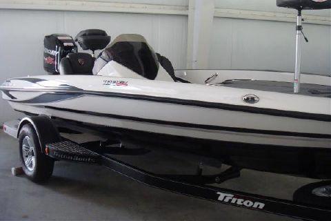 2016 Triton 189 TRX