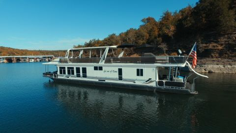 2008 Sharpe 16x80 Houseboat
