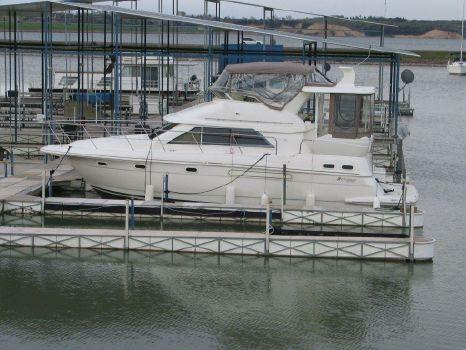 2003 Cruisers 3750