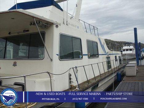 1986 Harbormaster Houseboat 52