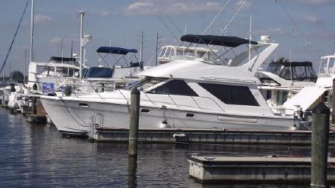 2002 Bayliner 3988 Command Bridge Motoryacht